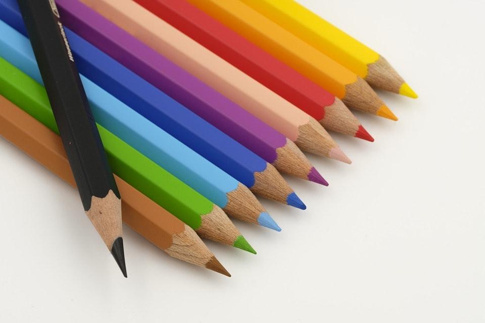 気軽に描くなら色鉛筆
